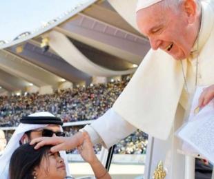 ✌✌La niña colombiana que entrego la carta al papa, en los Emiratos Arabes✌✌